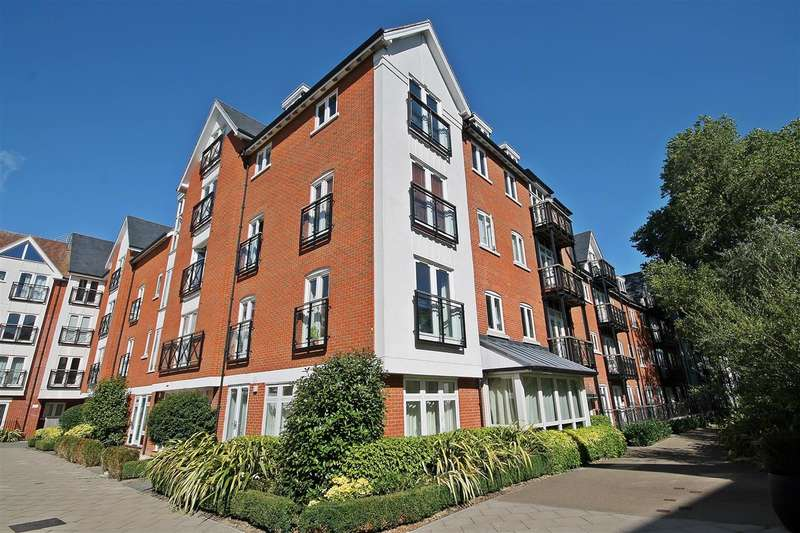 2 Bedrooms Apartment Flat for sale in Great Stour Mews, Canterbury