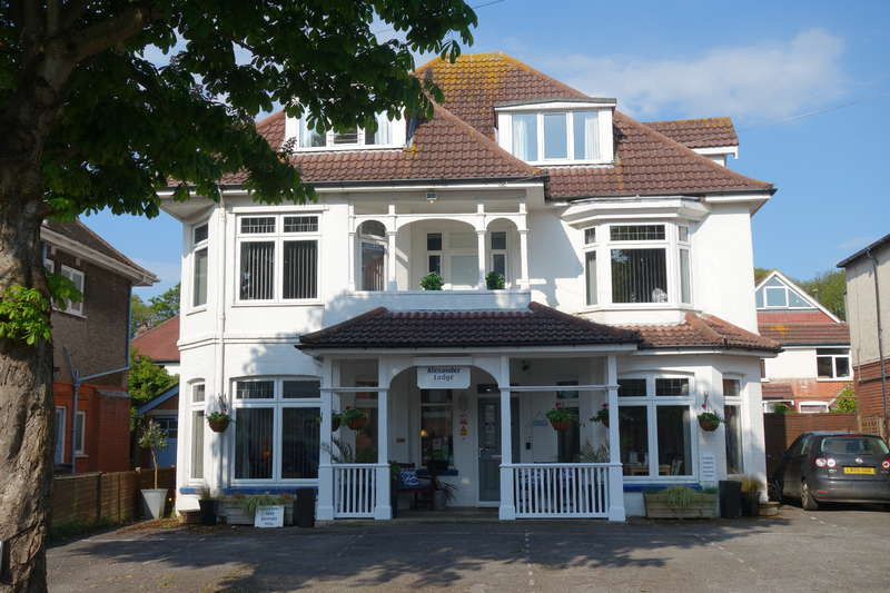 10 Bedrooms Hotel Commercial for sale in BOURNEMOUTH, Dorset