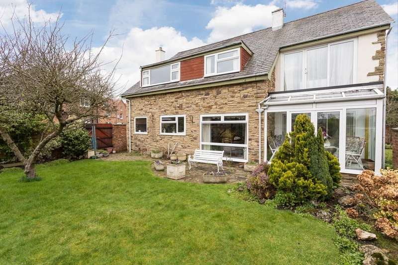 4 Bedrooms Detached House for sale in Howe Road, Curzon Park