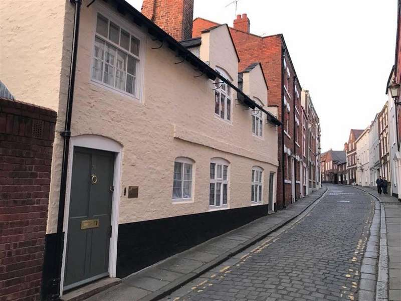 3 Bedrooms Detached House for sale in King Street, Chester
