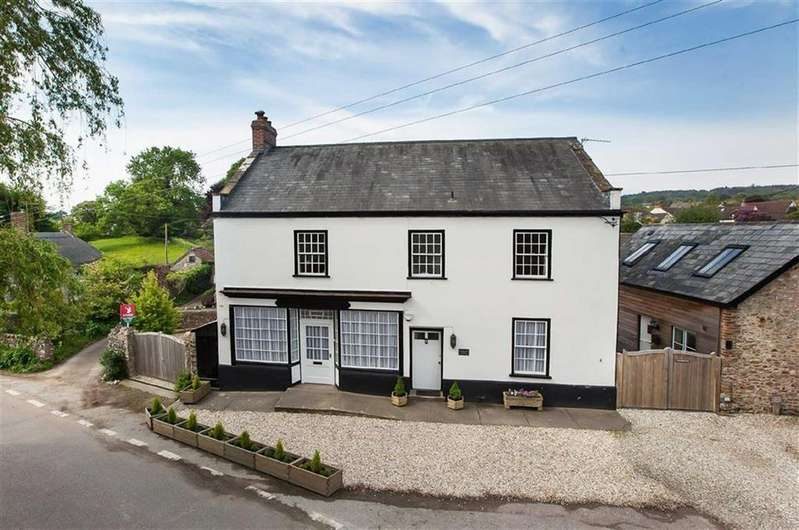 4 Bedrooms Detached House for sale in Whitford Road, Kilmington, Axminster, Devon, EX13