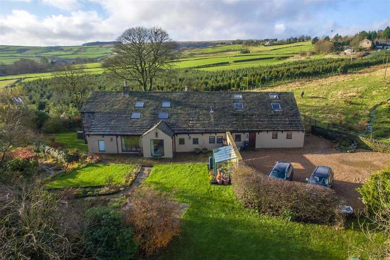 5 Bedrooms Detached House for sale in Gig Farm, Eccles Parlour, Soyland, HX6 4NP