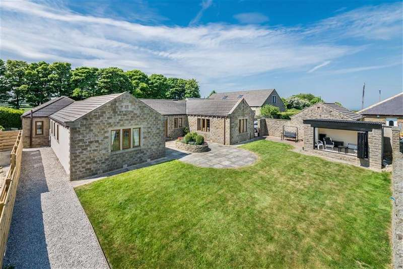 5 Bedrooms Detached Bungalow for sale in Carr Hill Road, Upper Cumberworth, Huddersfield, HD8