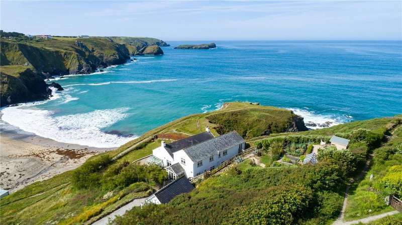 5 Bedrooms Detached House for sale in Laflouder Lane, Polurrian Cove, The Lizard, South Cornwall, TR12