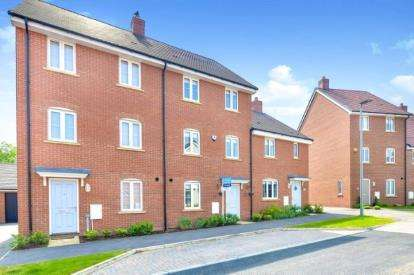 4 Bedrooms Terraced House for sale in Curacao Crescent, Newton Leys, Milton Keynes, Buckinghamshire