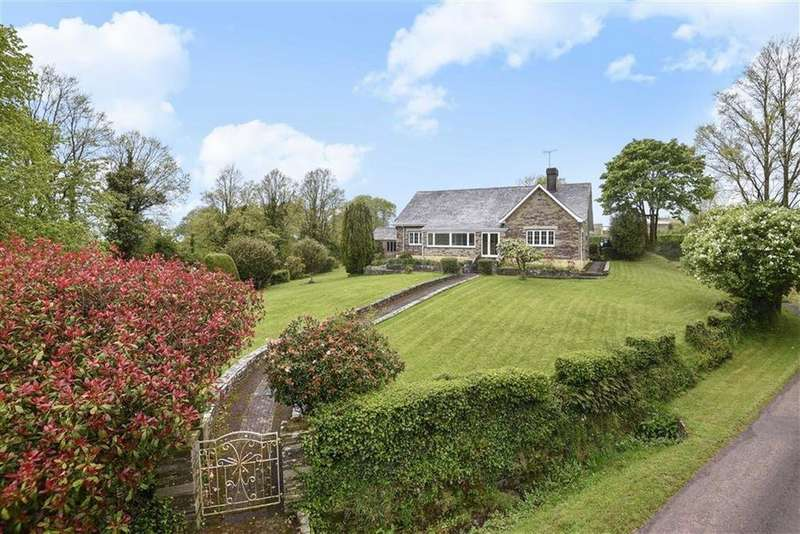 3 Bedrooms Bungalow for sale in St Mabyn, Bodmin, Cornwall, PL30