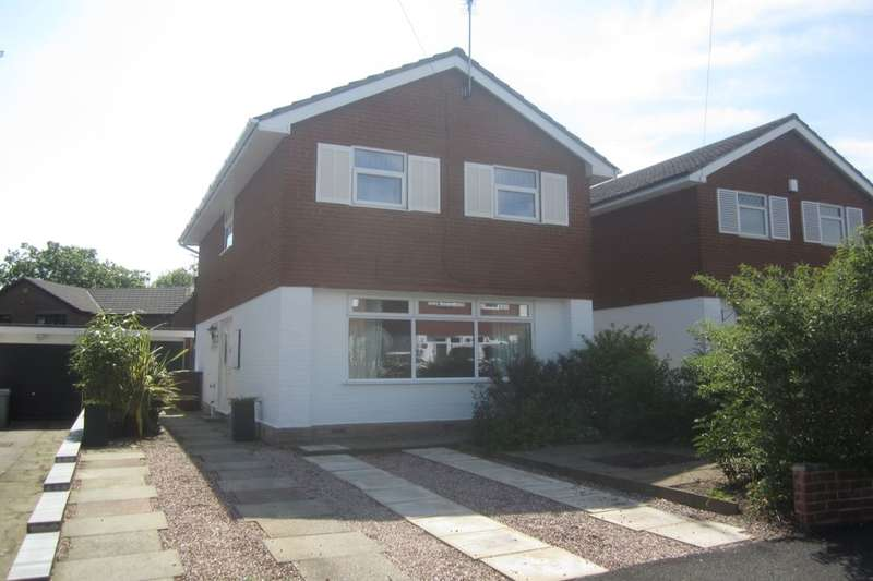3 Bedrooms Detached House for sale in Chapelmere Close, Sandbach, CW11