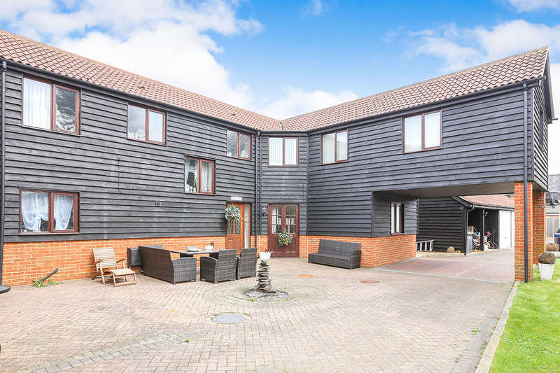 4 Bedrooms Semi Detached House for sale in High Street, Shefford, SG17