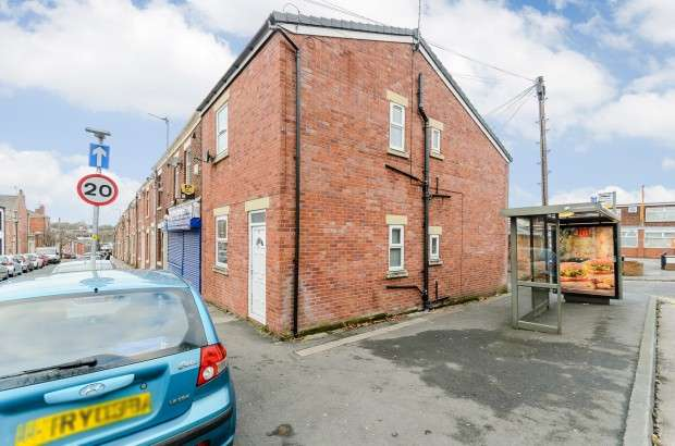 2 Bedrooms Block Of Apartments Flat for sale in Christ Church Street, Preston, PR1