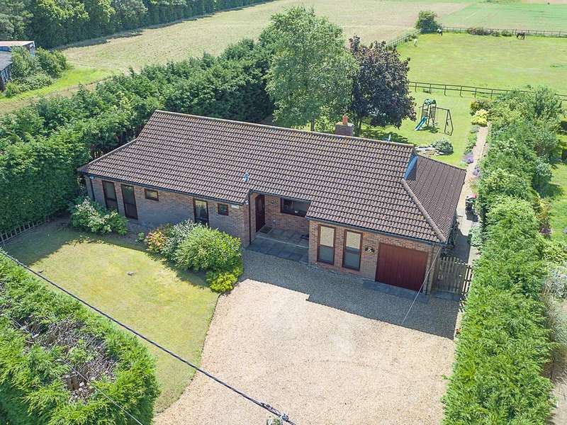 4 Bedrooms Detached House for sale in Drove Road, Gamlingay SG19