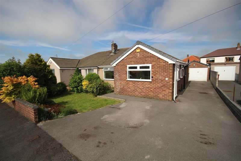 2 Bedrooms Semi Detached Bungalow for sale in 44 Kemple View, Clitheroe
