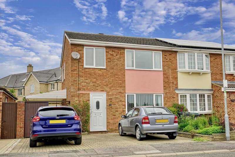 3 Bedrooms Semi Detached House for sale in Brandreth Place, Sandy