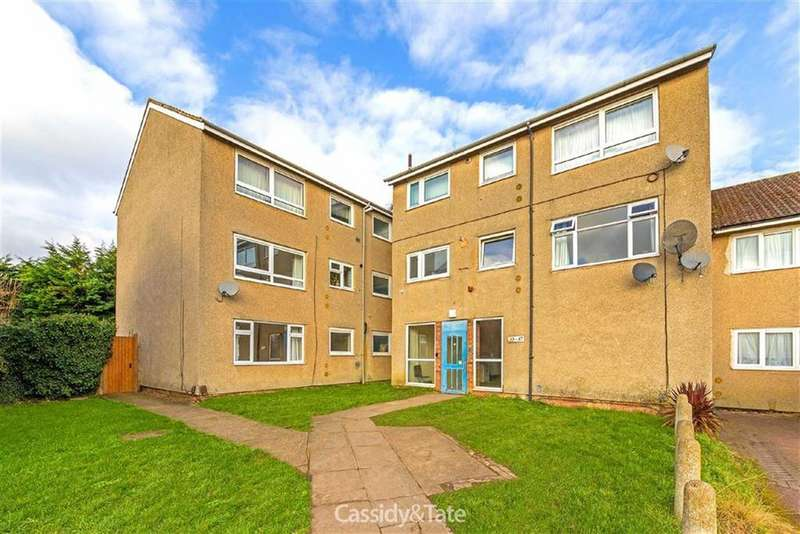 3 Bedrooms Flat for sale in Allen Close, Wheathampstead, Hertfordshire
