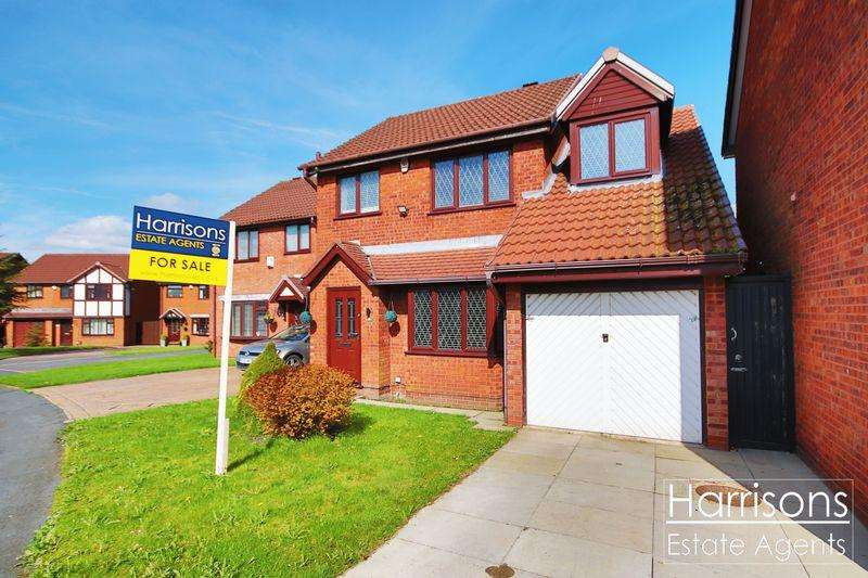 3 Bedrooms Detached House for sale in Wayfaring, Westhoughton, Bolton, Lancashire. ***EXTENDED / OFFERED WITH NO CHAIN***
