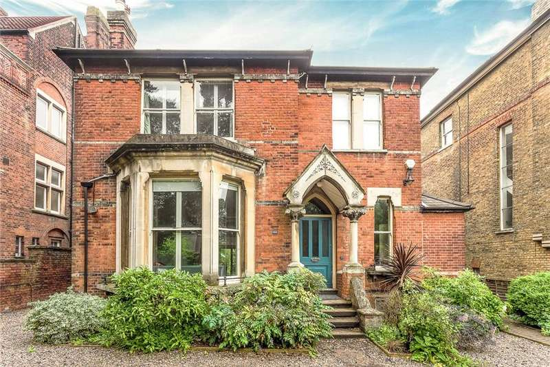 6 Bedrooms House for sale in Westwood Hill, Sydenham, London, SE26