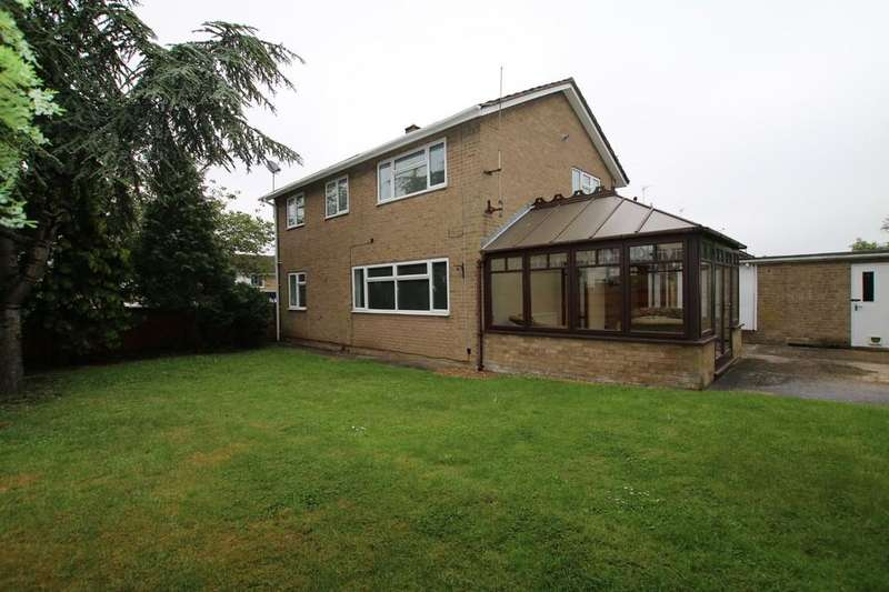 4 Bedrooms Detached House for sale in Mostyn Close, Sutton, Ely