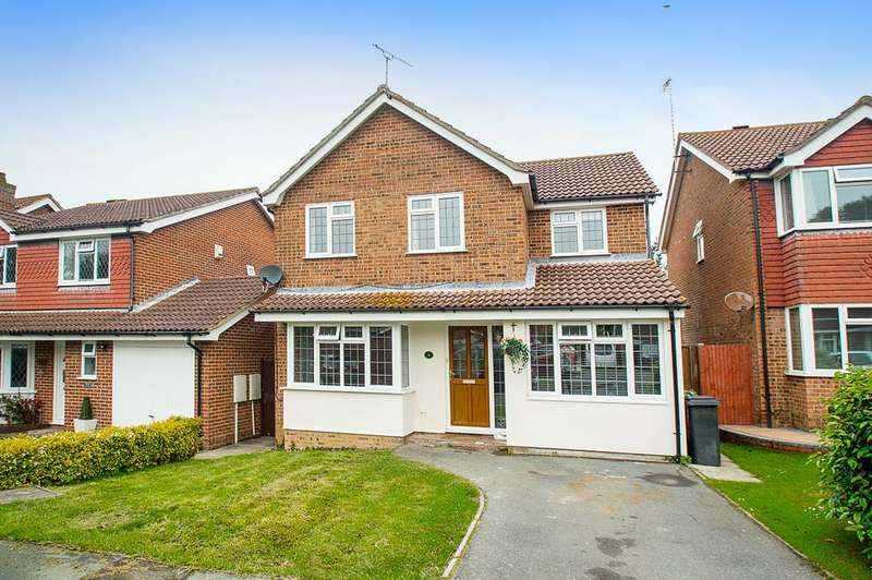 5 Bedrooms Detached House for sale in Eskdale Close, Eastbourne