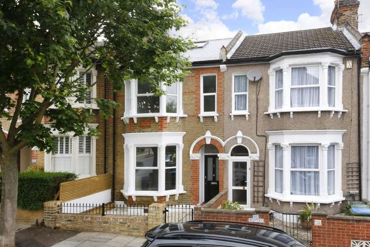 4 Bedrooms Terraced House for sale in Delafield Road London SE7