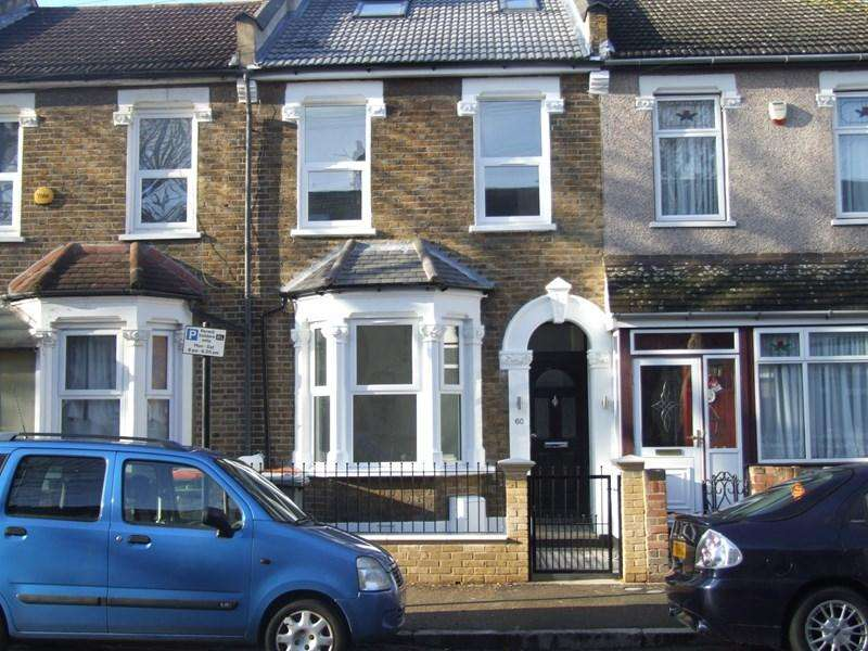 3 Bedrooms Terraced House for sale in Hubert Road, East Ham