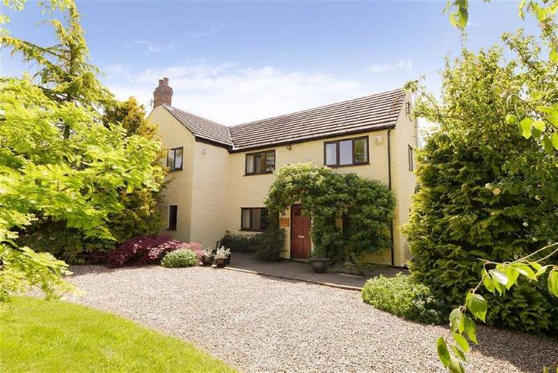 4 Bedrooms Detached House for sale in Chapel Lane, Whitchurch, SY13