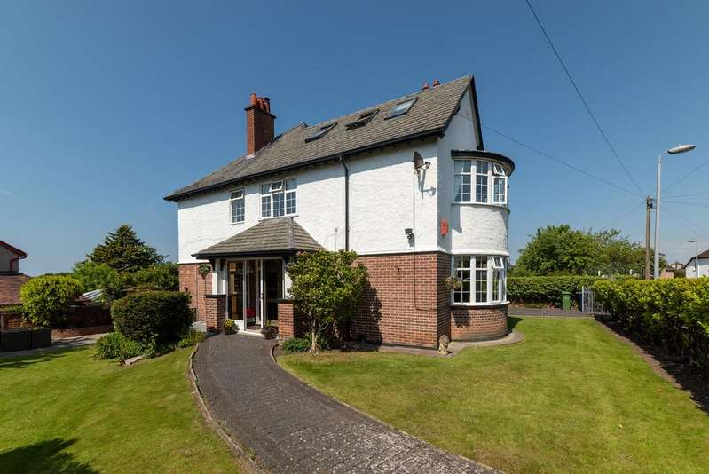 6 Bedrooms Detached House for sale in Clwyd Avenue, Prestatyn