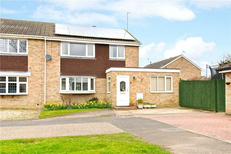 3 Bedrooms Semi Detached House for sale in Welland Drive, Newport Pagnell, Buckinghamshire