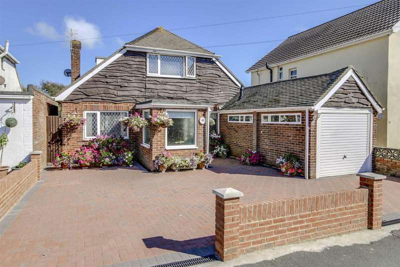 3 Bedrooms Chalet House for sale in Rowe Avenue, PEACEHAVEN