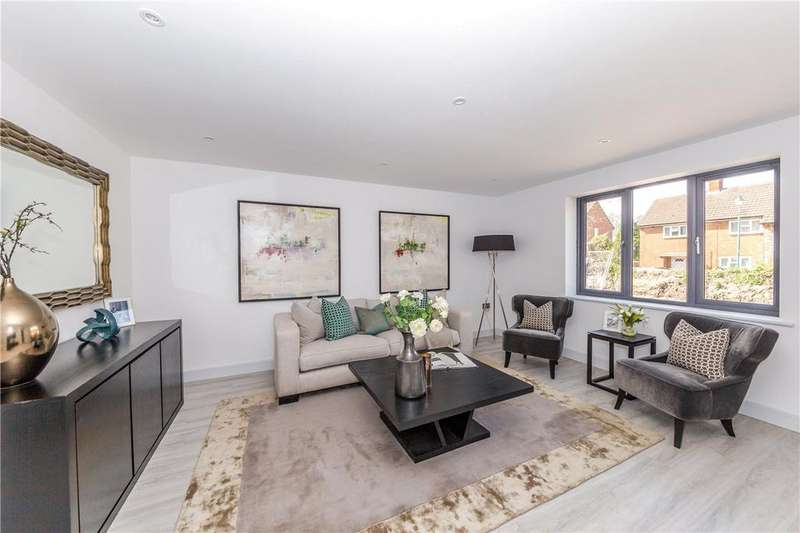 4 Bedrooms Semi Detached House for sale in Chalk Bank Close, Ashwell, Baldock, Herts