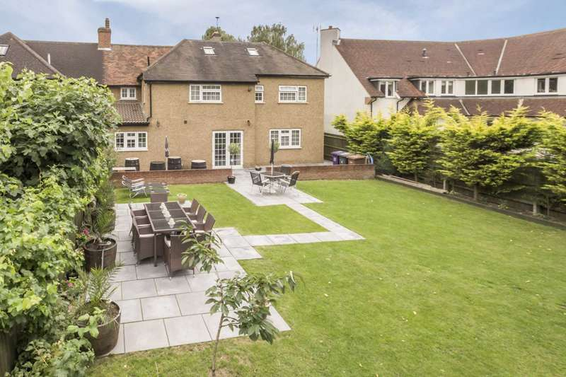 5 Bedrooms Semi Detached House for sale in Norton Road, Letchworth Garden City, SG6 1AB