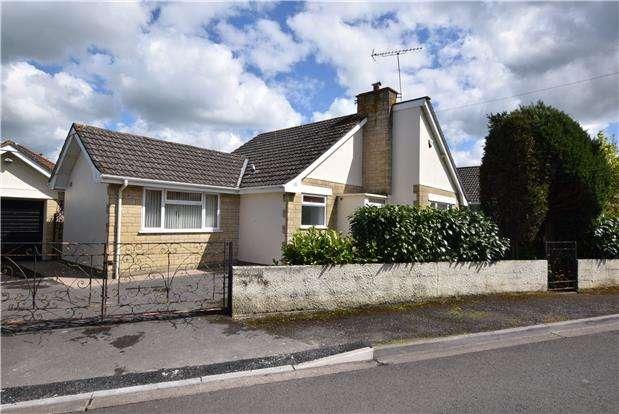2 Bedrooms Detached Bungalow for sale in Kelston Road, Keynsham, BRISTOL, BS31 2JL