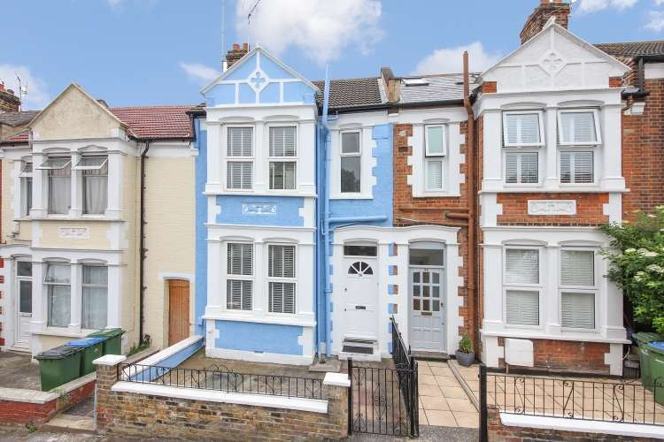 3 Bedrooms House for sale in Wyndcliff Road London SE7