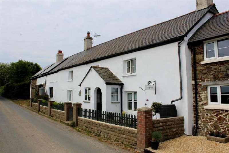 4 Bedrooms Semi Detached House for sale in Langtree, Torrington