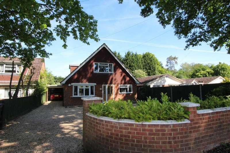 4 Bedrooms Detached House for sale in Nine Mile Ride, Wokingham, RG40