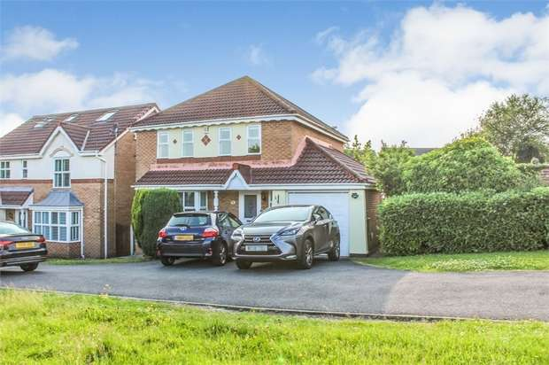4 Bedrooms Detached House for sale in Cranberry Drive, Bolton, Lancashire