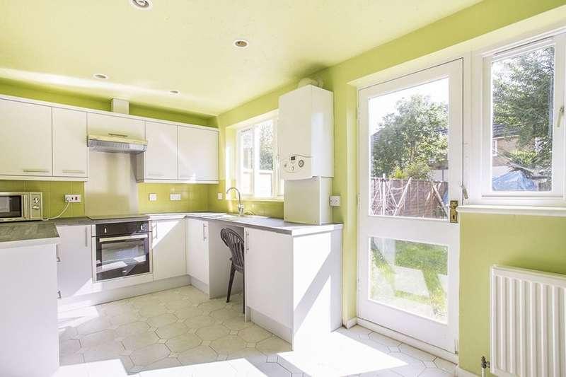 3 Bedrooms Property for sale in Farrow Lane, London, SE14