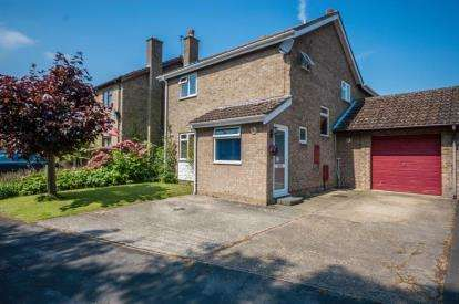 4 Bedrooms Link Detached House for sale in Waterbeach, Cambridge
