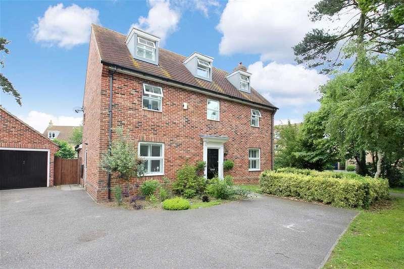 5 Bedrooms Detached House for sale in Thomas Crescent, Grange Farm, Kesgrave, Ipswich