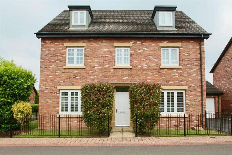 5 Bedrooms Detached House for sale in John Fielding Gardens, Llantarnam, Cwmbran, NP44