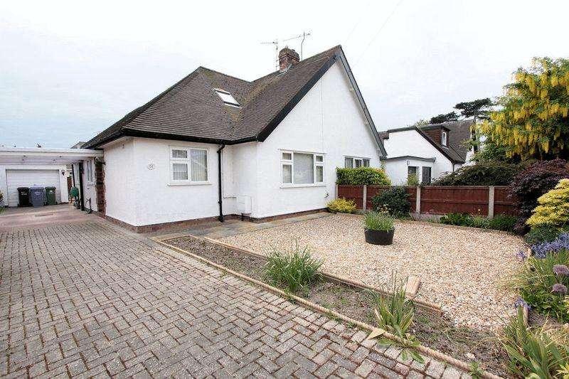 2 Bedrooms Semi Detached Bungalow for sale in Roe Parc, St. Asaph