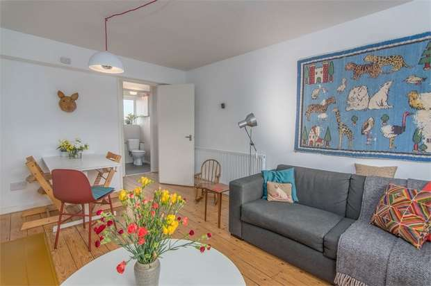 1 Bedroom Flat for sale in Balaam Street, Plaistow, London