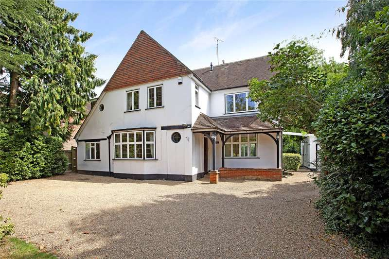5 Bedrooms Detached House for sale in Lent Rise Road, Burnham, Buckinghamshire, SL1