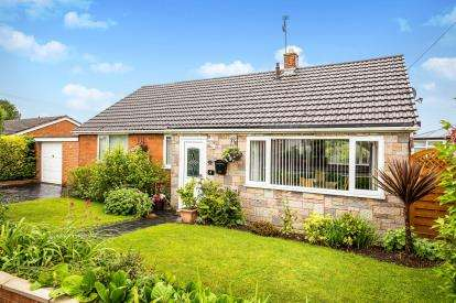 3 Bedrooms Bungalow for sale in St. Andrews Drive, Buckley, Flintshire, CH7