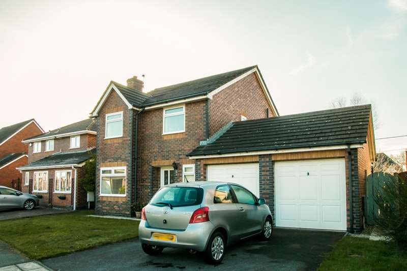 4 Bedrooms Detached House for sale in The Stakes, Wirral, Merseyside, CH46