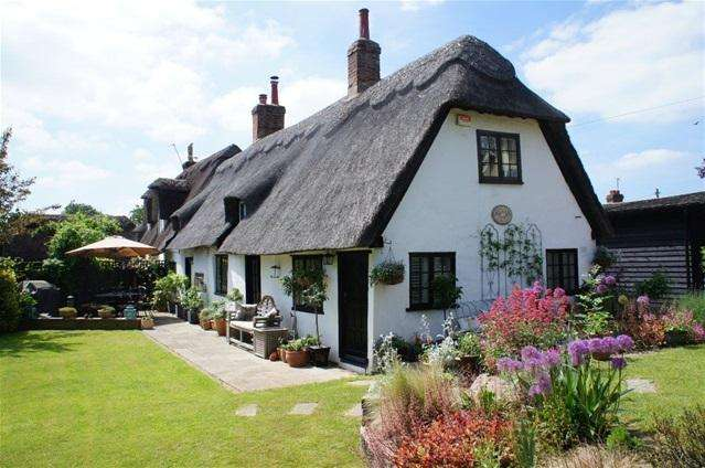3 Bedrooms House for sale in Village Road, Bromham