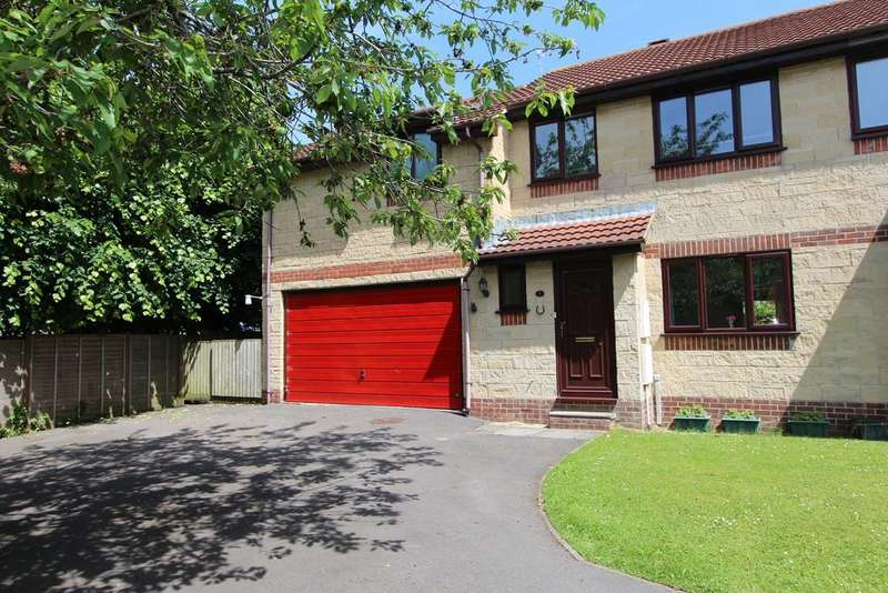 4 Bedrooms Semi Detached House for sale in Family home in cul-de-sac on edge of Yatton