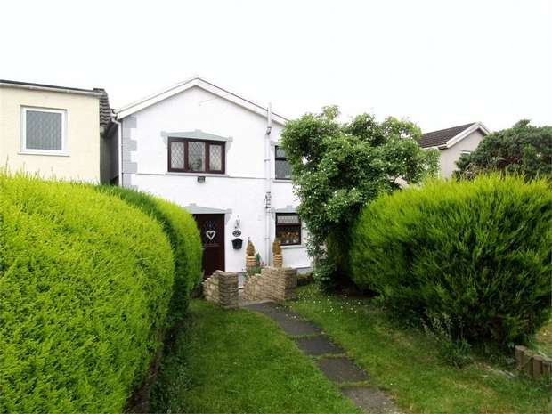 3 Bedrooms Terraced House for sale in St George, Llanelli, Carmarthenshire