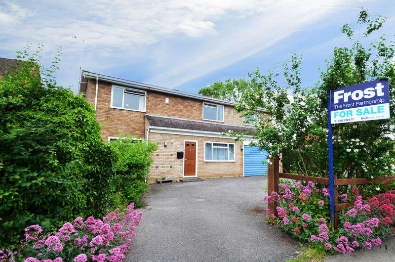 5 Bedrooms Detached House for sale in Sedgmoor Road, Flackwell Heath, HP10