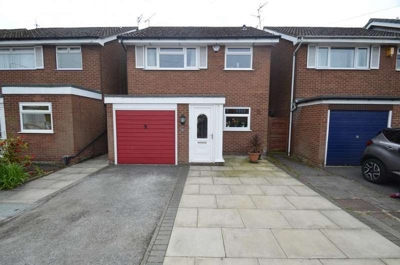 3 Bedrooms Detached House for sale in Woodhouse Lane, Sale