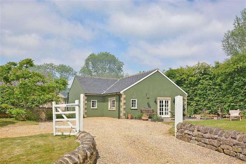 3 Bedrooms Detached Bungalow for sale in Nettle Cottage, Hard Meadow Lane, Chesterfield, Derbyshire, S45