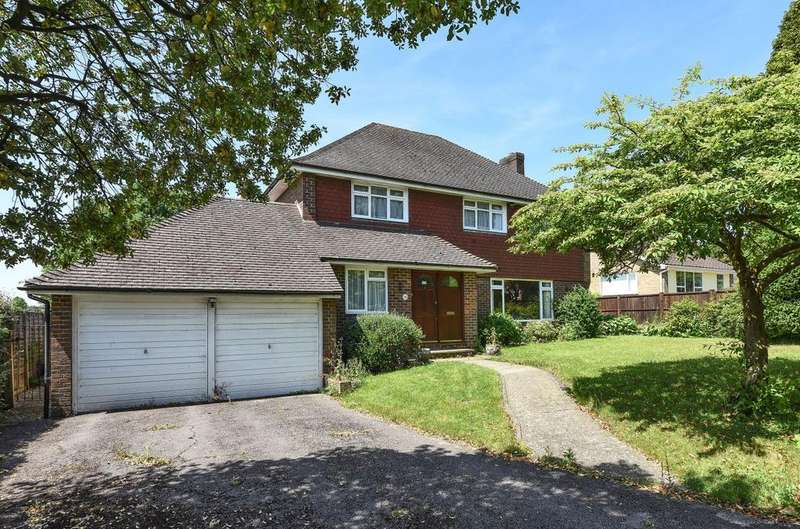 4 Bedrooms Detached House for sale in The Peak, Rowlands Castle, PO9